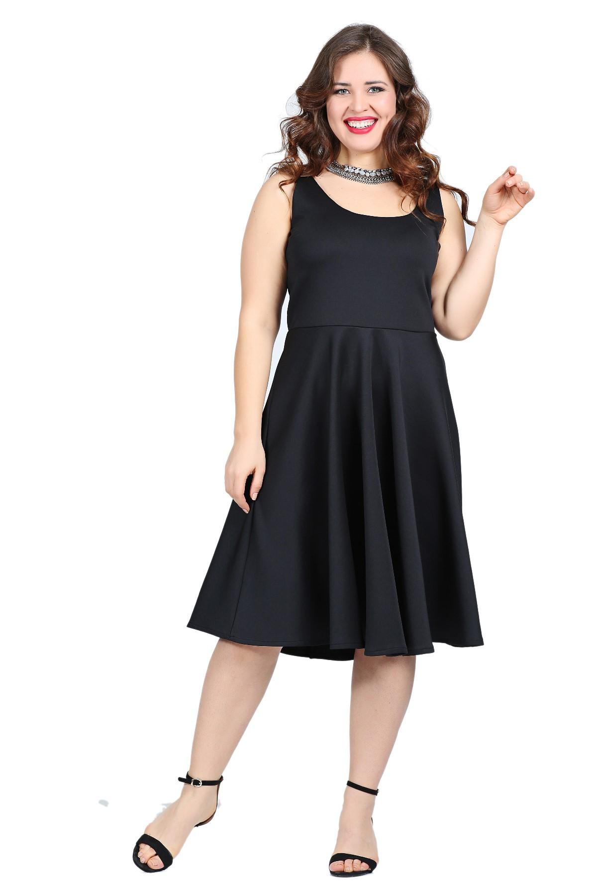 Schwarzes Knielanges Kleid Olastorm